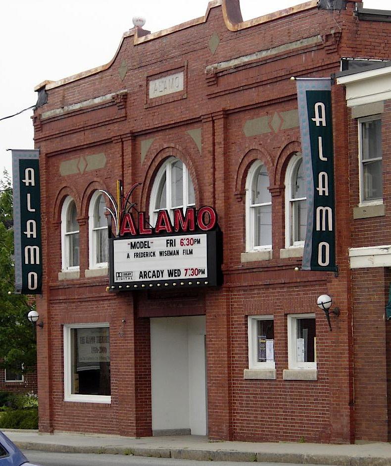 Alamo Theatre, 2006. Courtesy of Melissa Dollman