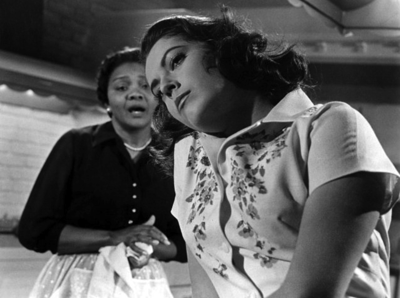 Susan Kohner Juanita Moore imitation of life copy courtesy everett collection