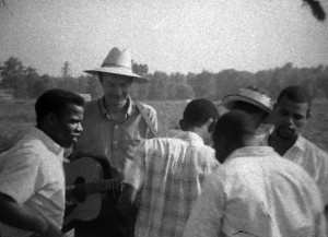 Singer and activist Pete Seeger among the organizers of the Greenwood voter-registration drive. This image and one above: Washington University Film & Media Archive.